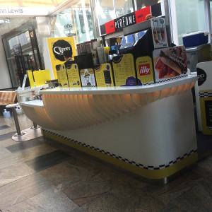 crepe-and-co-retail-signage-1