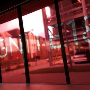 Window glass branding – smaller large format print jobs by BigStuff
